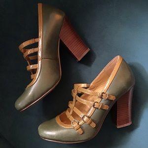 vintage style SEYCHELLES olive green heels 6.5